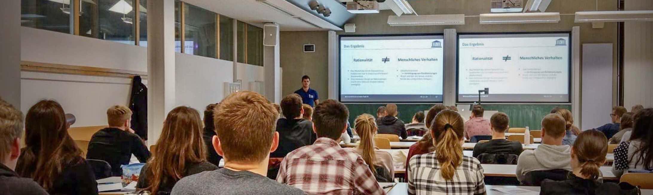 Über mich / Meine Qualifikationen - Vortrag (Titelbild)